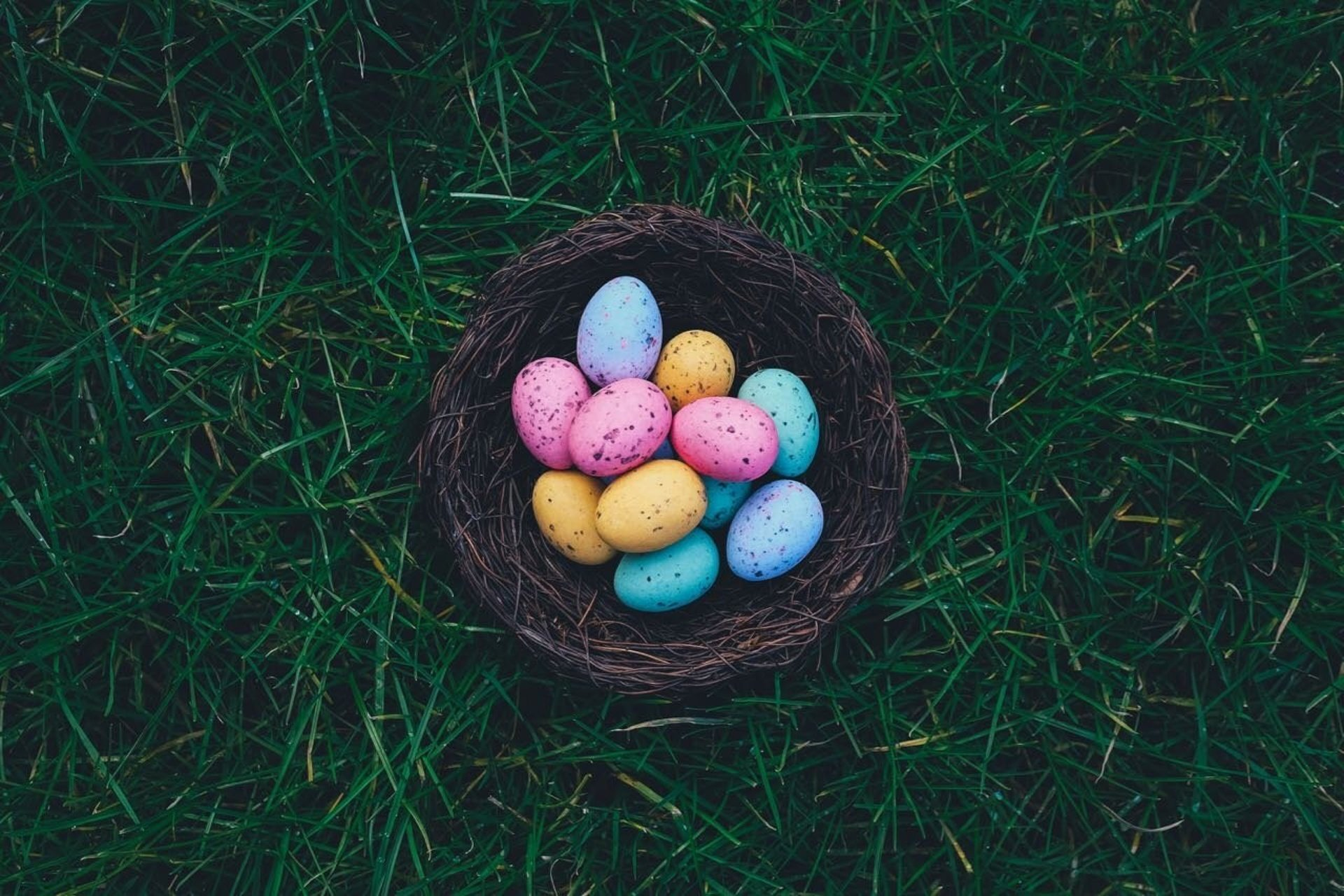 12 Ways To Create An Awesome Easter Online Experience