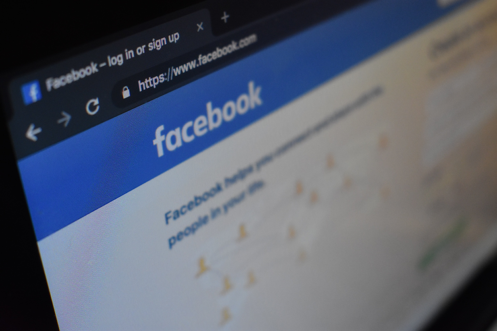 Facebook Group Tips for Your Church, Online