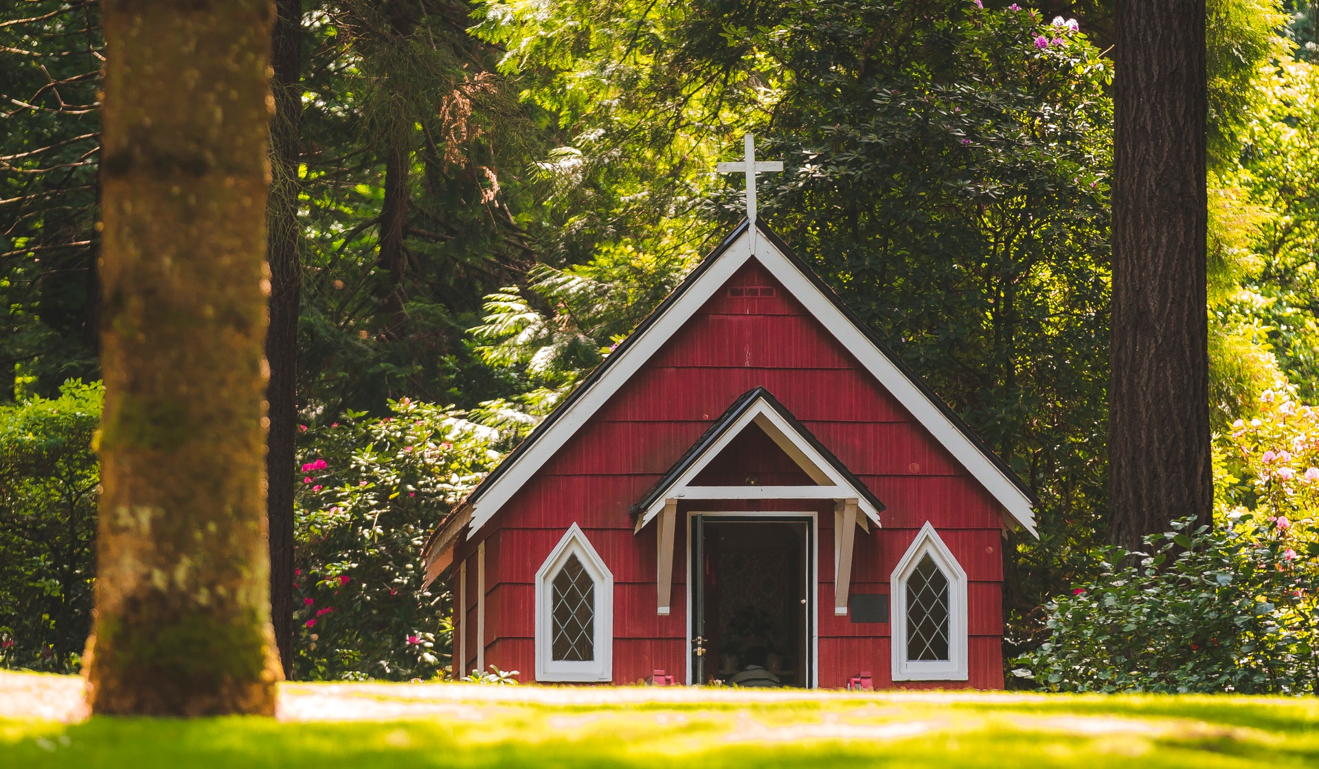 "PODCAST 037: Joe Radosevich & ""Small Church"" Church Online"